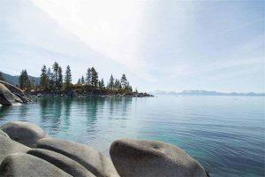 lake-924759_1280